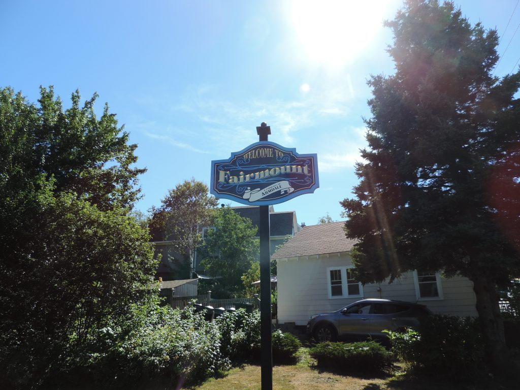 Fairmount Sign